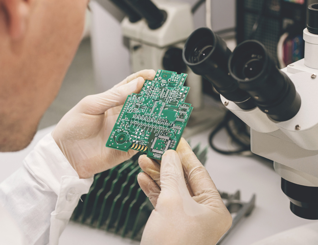 Printed Circuit Board Manufacturer & PCB Assembly | Rocky Mountain